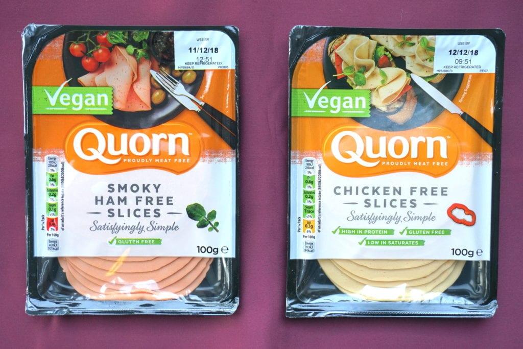 Vegan Quorn kipfilet en hamplakjes